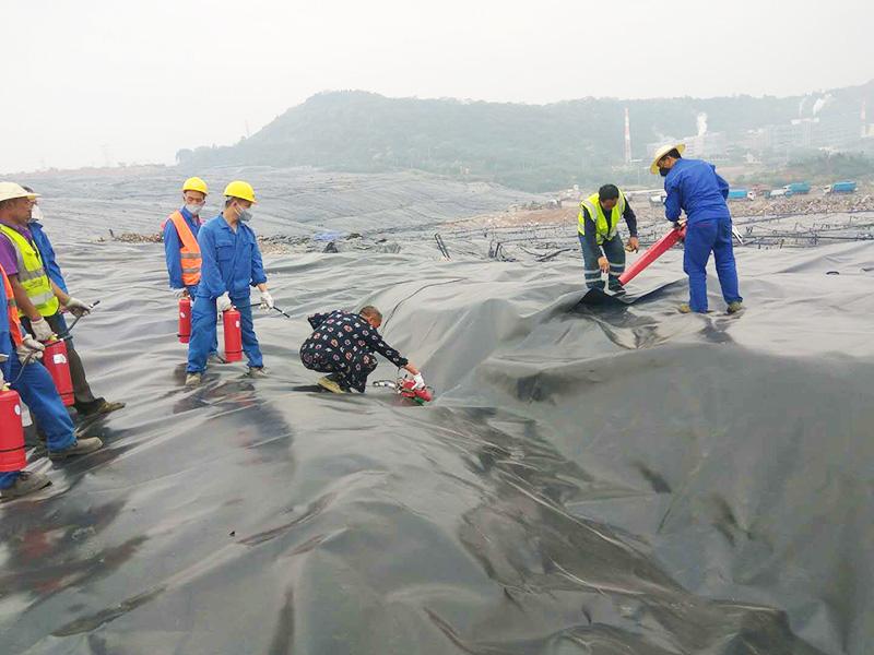 长安垃圾填埋场2018年度填埋库区HDPE膜覆盖及巡查修补工程